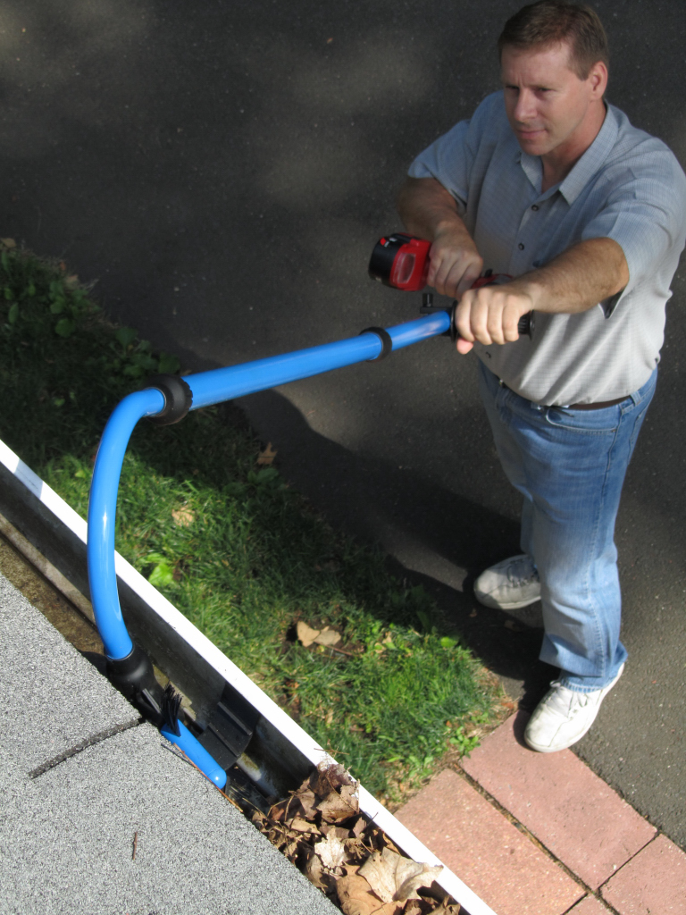 Diy gutter cleaning tool clublifeglobal vertalok vgs722 gutter cleaning system father s day gift ideas for one of a kind dads diycontrols blog solutioingenieria Gallery