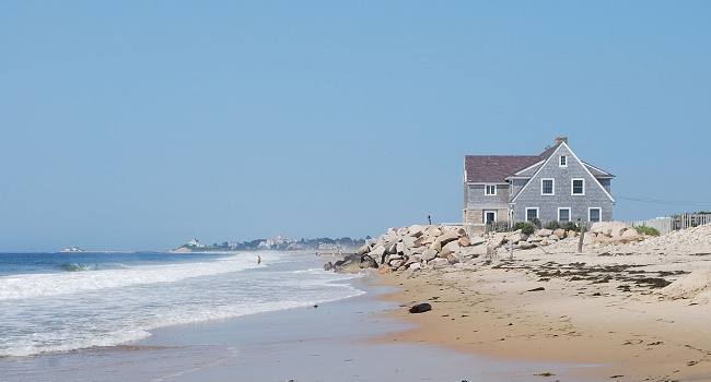 Use Technology to Protect Your Empty Summer Cottage