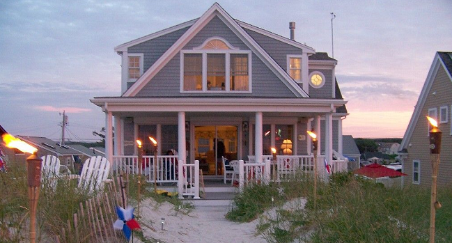 Four Easy Ways to Protect Your Vacant Vacation Home